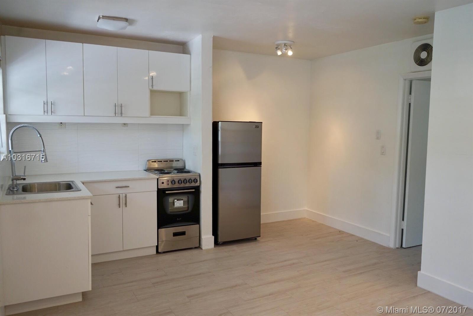 427 Anastasia Ave # 16, Coral Gables, FL 33134