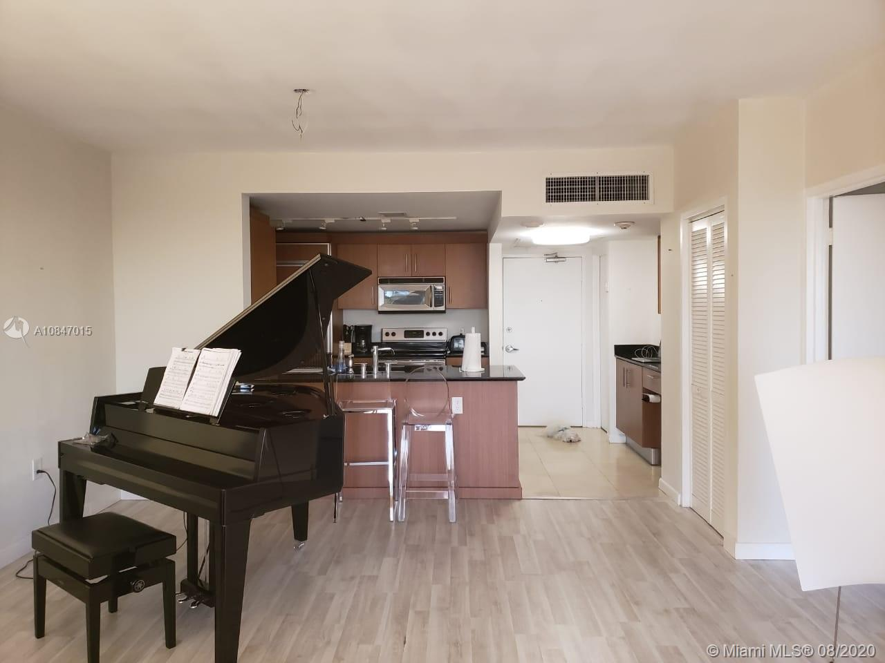 10275 Collins ave-426 bal-harbour-fl-33154-a10847015-Pic05