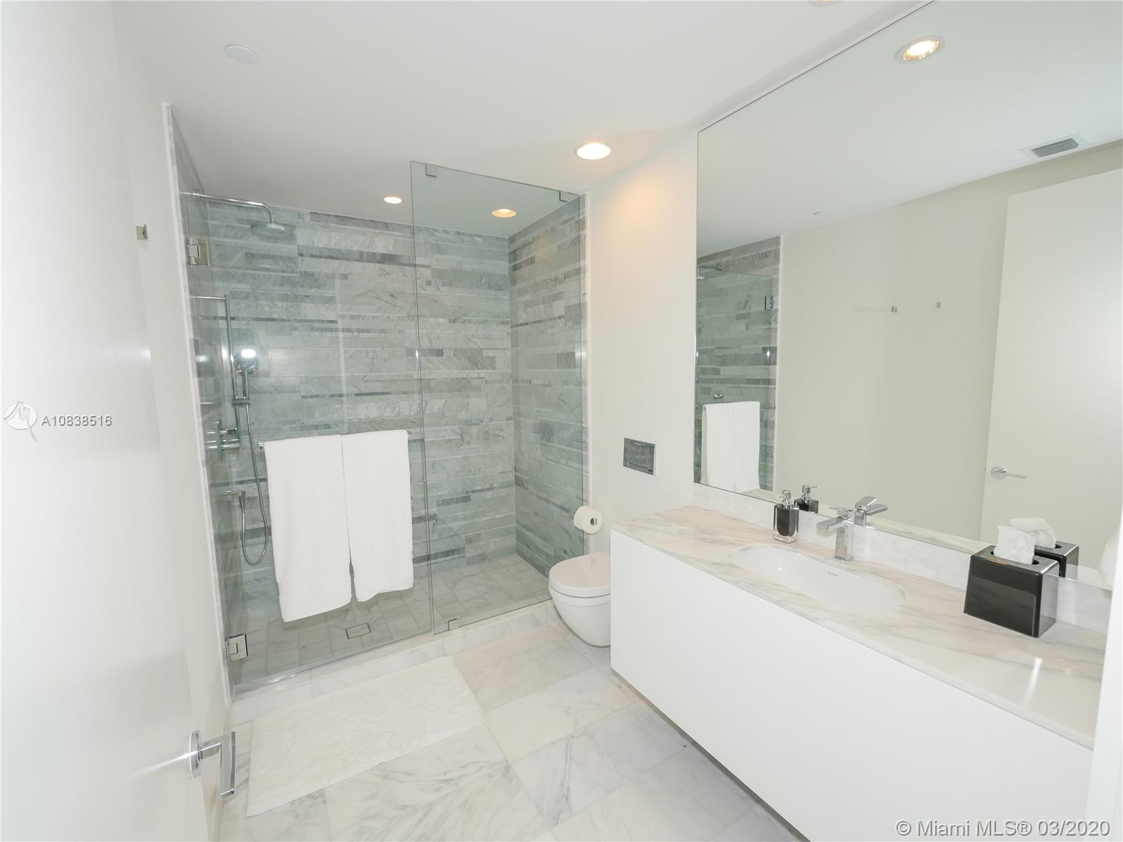 10201 Collins ave-2006 bal-harbour-fl-33154-a10838516-Pic14