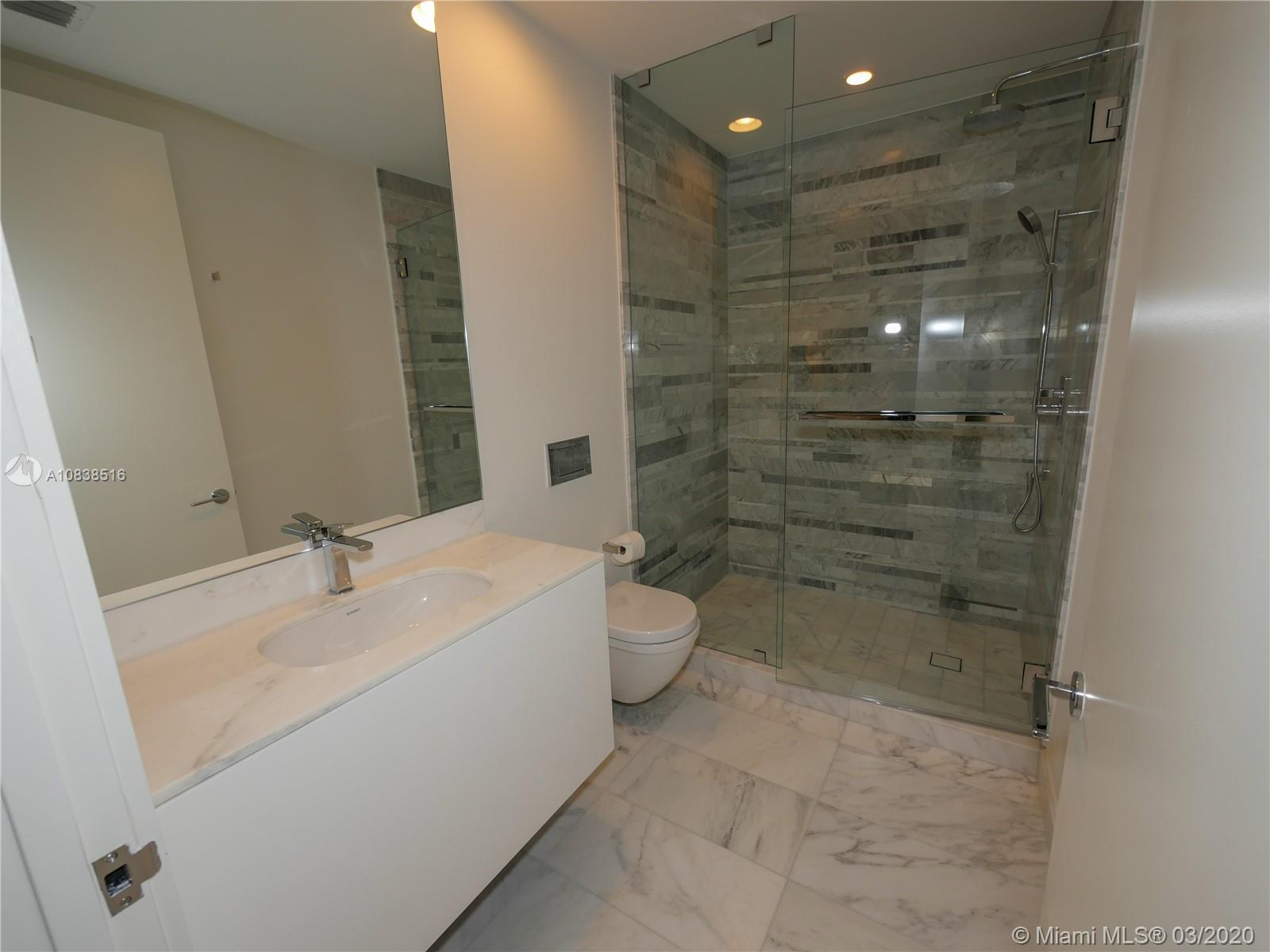 10201 Collins ave-2006 bal-harbour-fl-33154-a10838516-Pic19