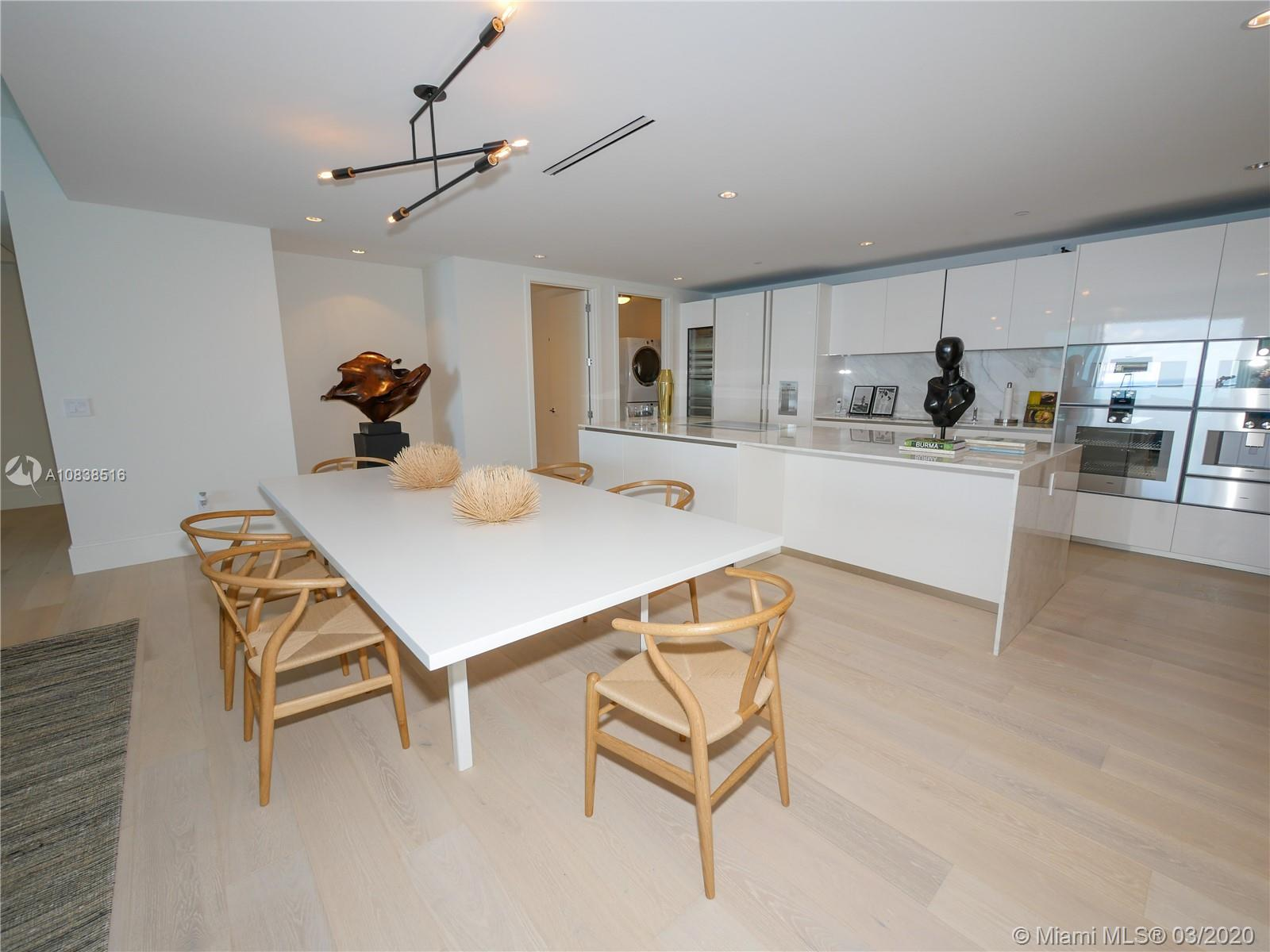10201 Collins ave-2006 bal-harbour-fl-33154-a10838516-Pic25