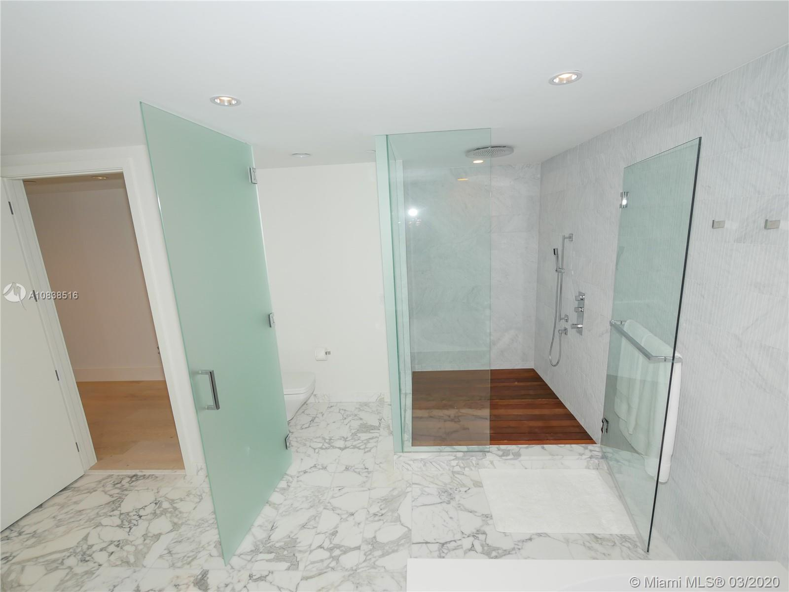 10201 Collins ave-2006 bal-harbour-fl-33154-a10838516-Pic37