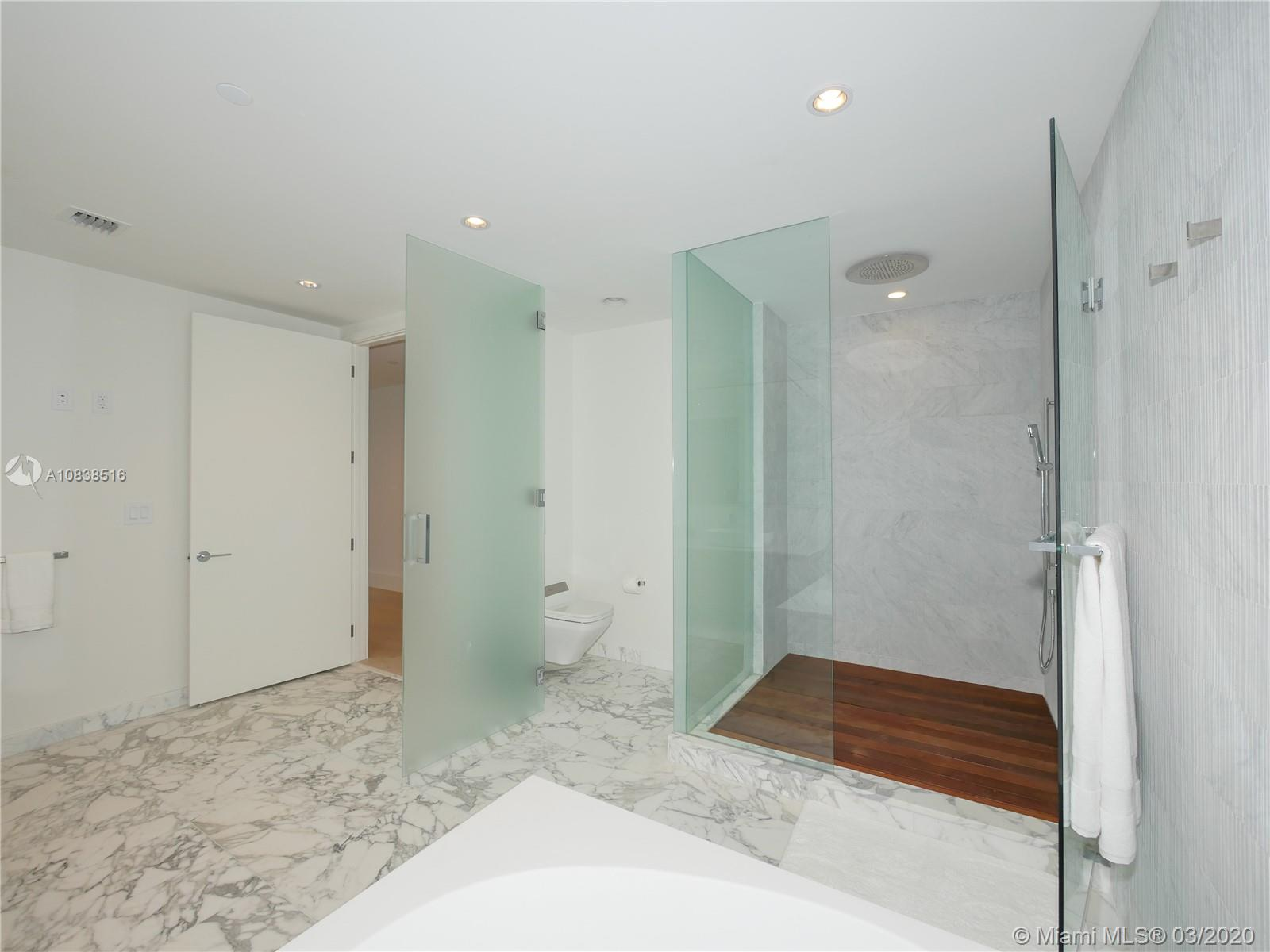 10201 Collins ave-2006 bal-harbour-fl-33154-a10838516-Pic40