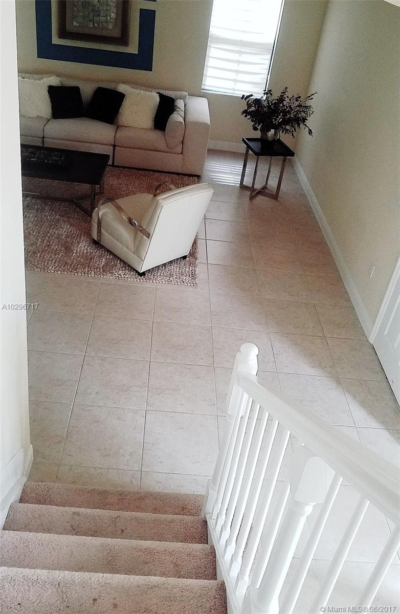 10026 NW 89th Ter, Doral , FL 33178