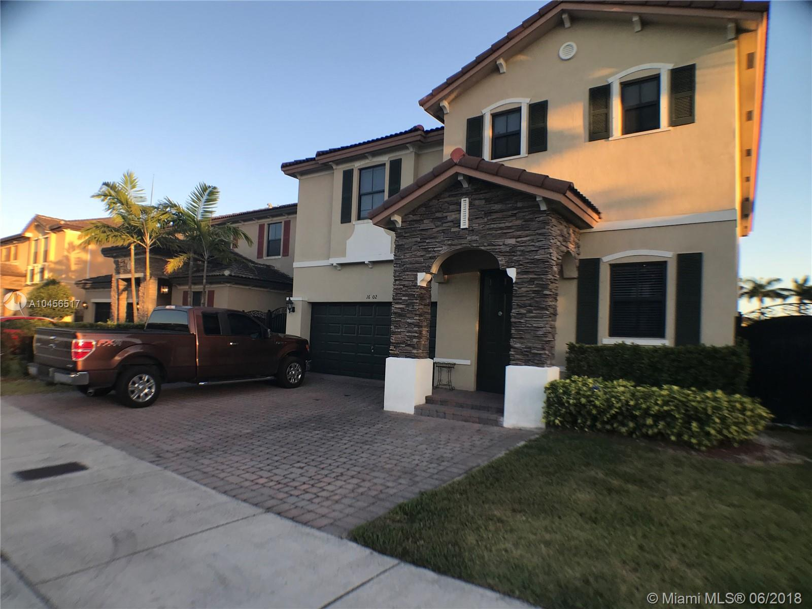 16602 Sw 43rd St, Miami FL, 33185