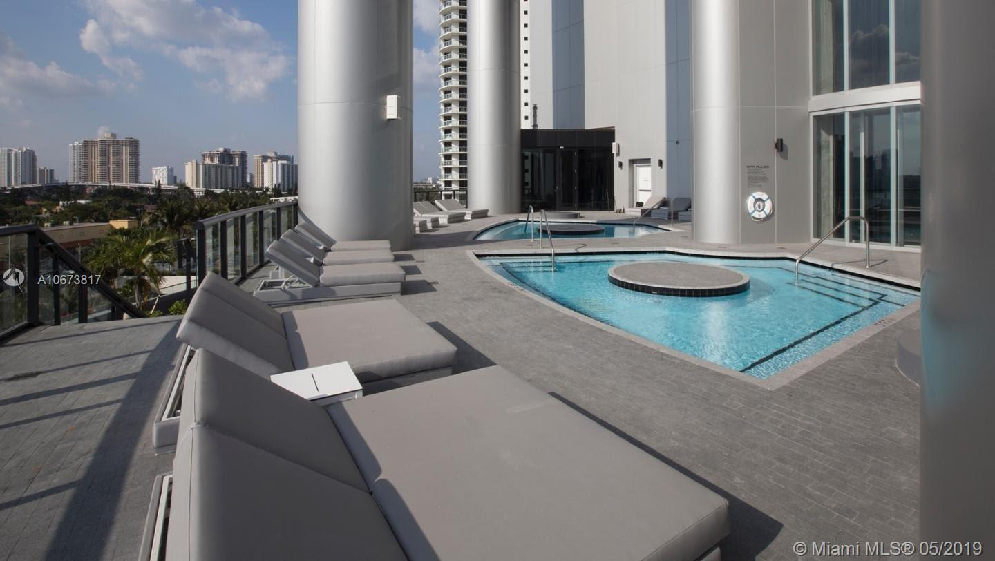 18555 Collins ave-5004 sunny-isles-beach-fl-33160-a10673817-Pic13
