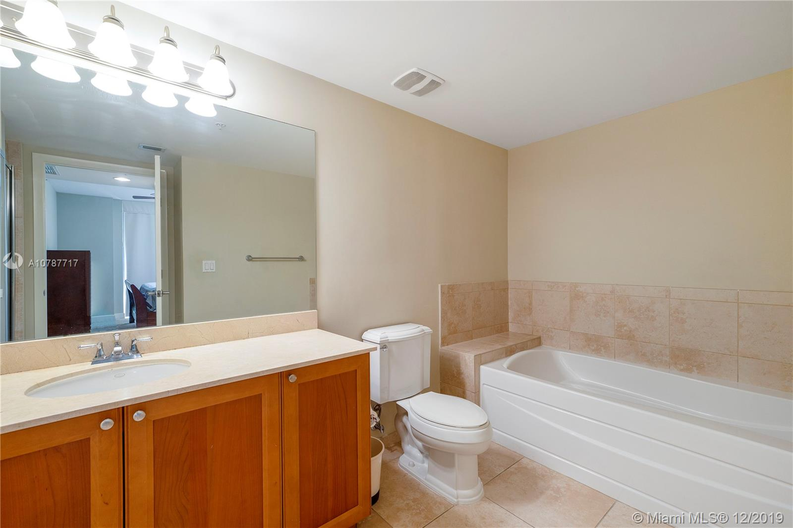 55 Merrick way-717 coral-gables-fl-33134-a10787717-Pic12