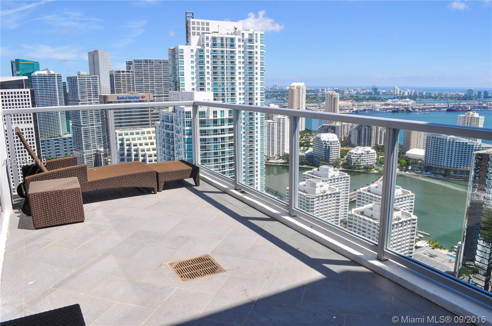 1060 Brickell Ave #4503, Miami FL, 33131