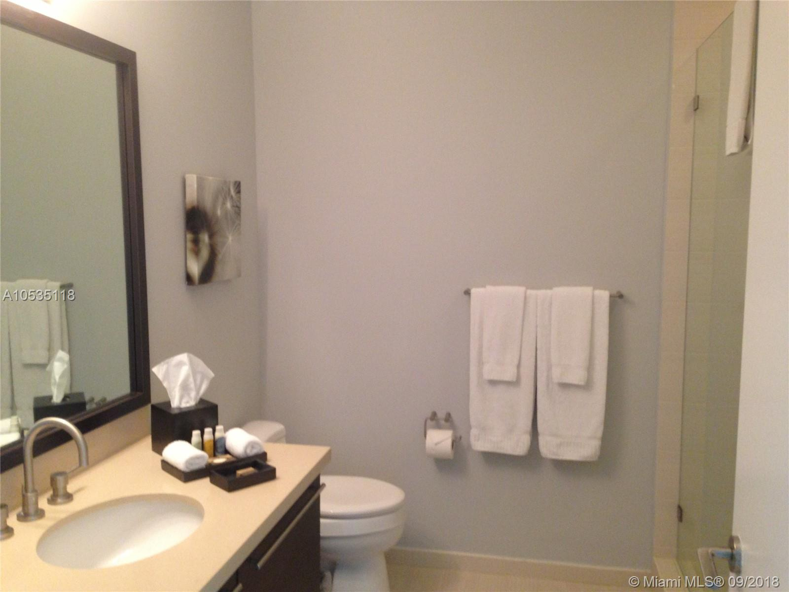 7928 East dr-605 north-bay-village-fl-33141-a10535118-Pic16