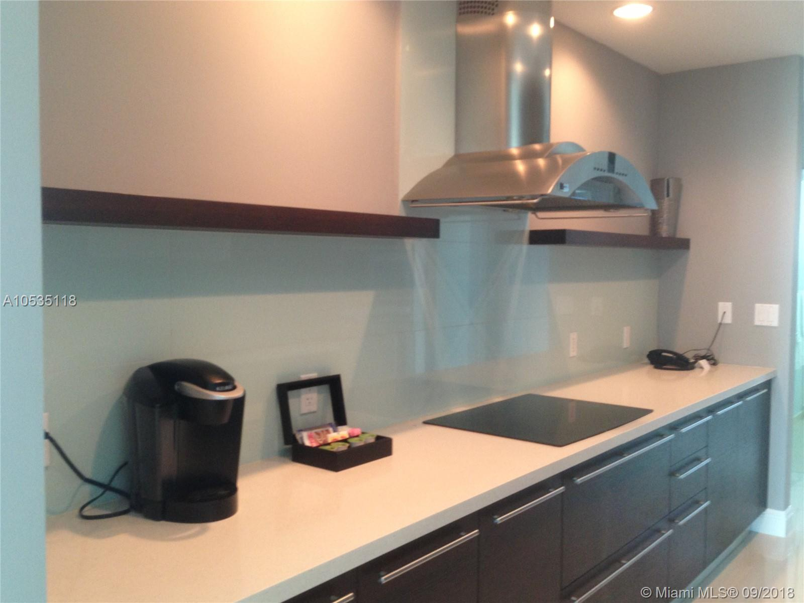 7928 East dr-605 north-bay-village-fl-33141-a10535118-Pic06