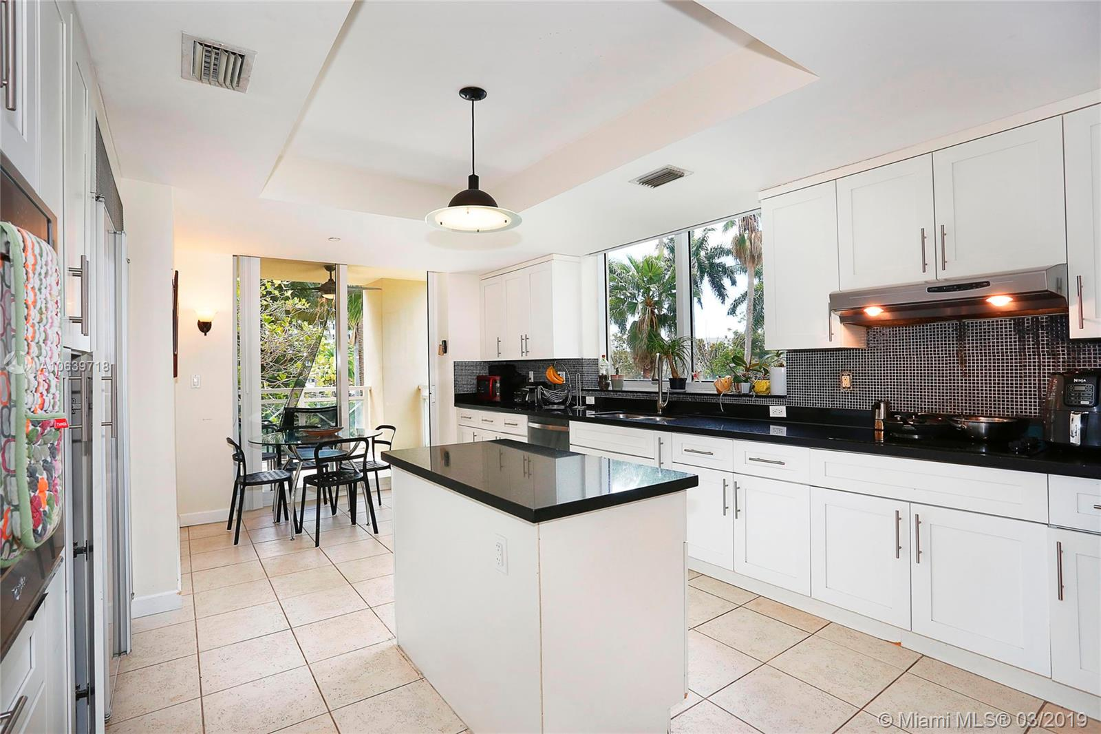 445 Grand bay dr-210 key-biscayne-fl-33149-a10639718-Pic06