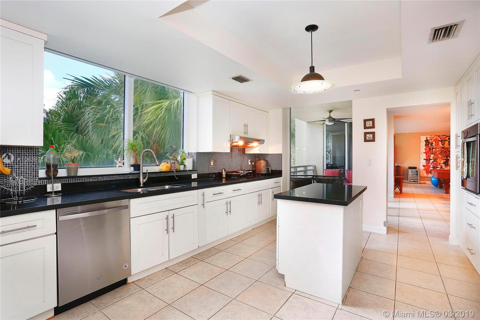 445 Grand bay dr-210 key-biscayne-fl-33149-a10639718-Pic07
