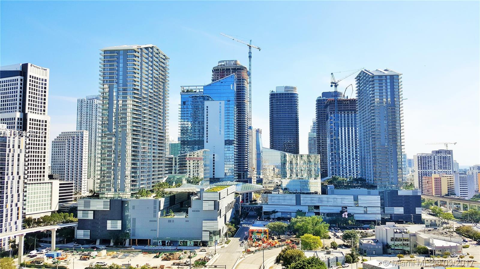 350 Miami ave-2002 miami--fl-33130-a10242919-Pic07