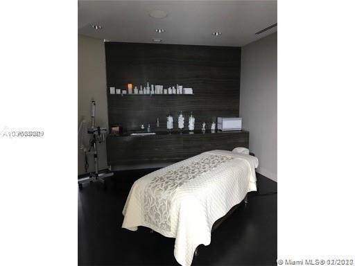 18555 Collins ave-4804 sunny-isles-beach-fl-33160-a10803919-Pic10