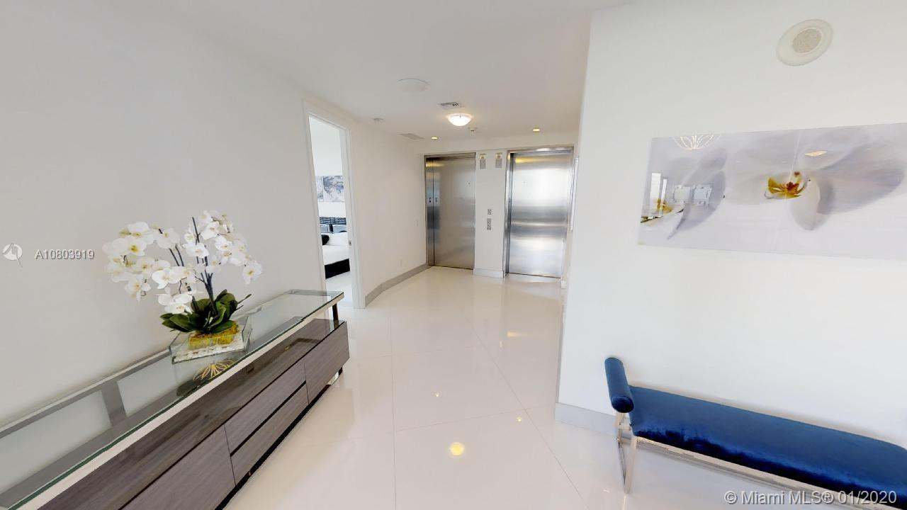 18555 Collins ave-4804 sunny-isles-beach-fl-33160-a10803919-Pic15