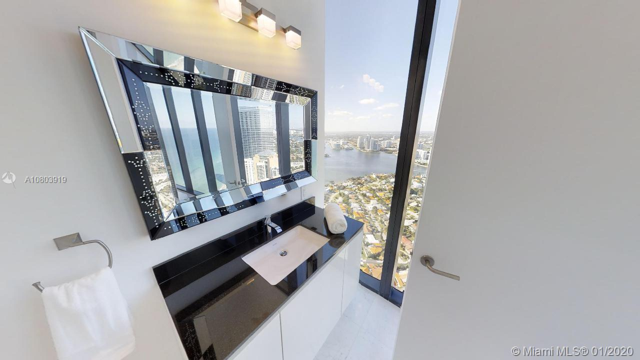 18555 Collins ave-4804 sunny-isles-beach-fl-33160-a10803919-Pic53
