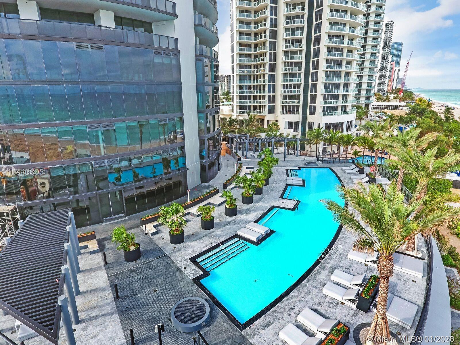 18555 Collins ave-4804 sunny-isles-beach-fl-33160-a10803919-Pic06