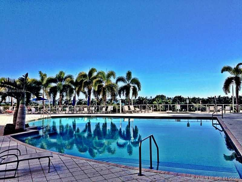 7914 Harbor Island Dr #202, North Bay Village FL, 33141