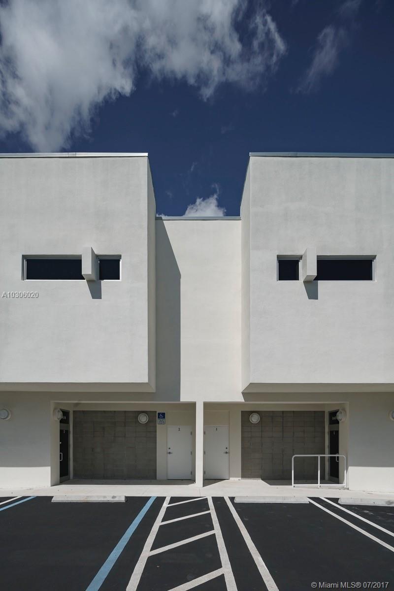 8450 NW 64 # 3, Miami , FL 33166