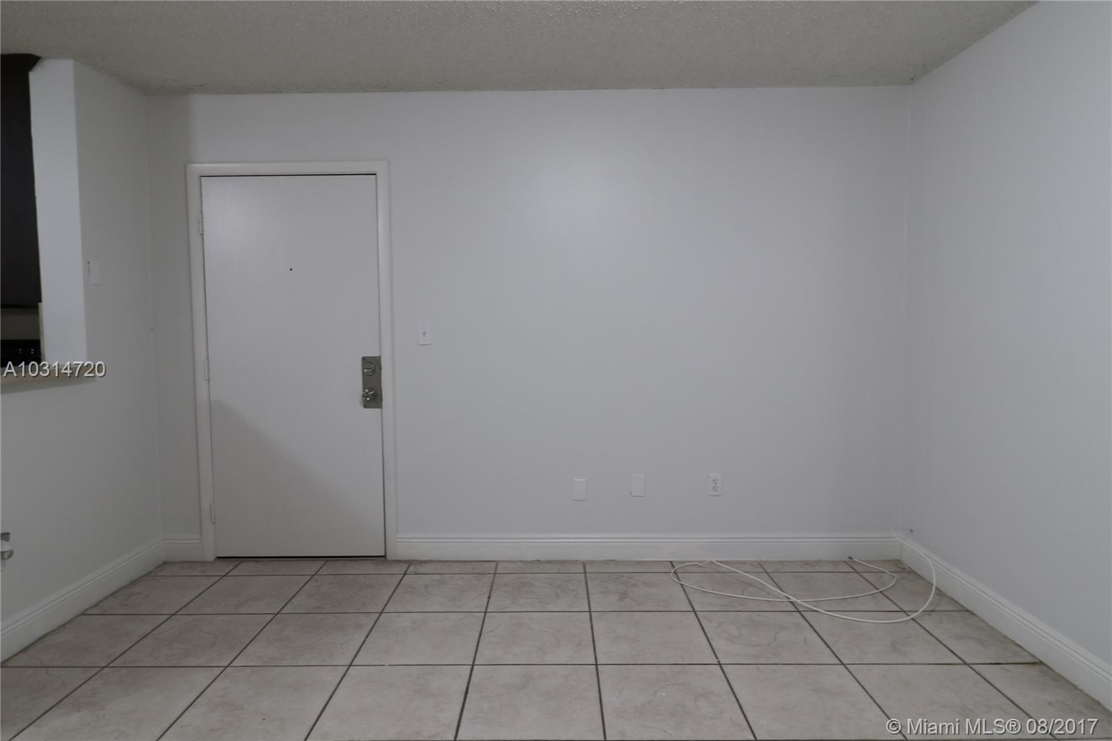 9719 Hammocks Blvd # 103, Miami, FL 33196
