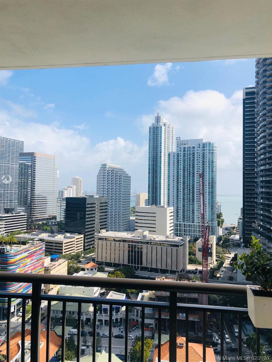 999 Sw 1st Ave #2402, Miami FL, 33130