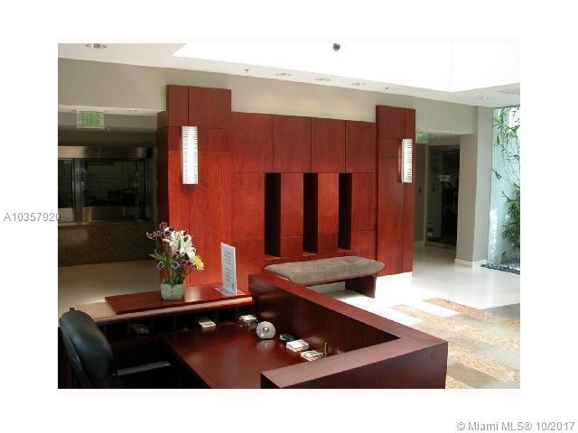 1000 Brickell Av, FL, 33131
