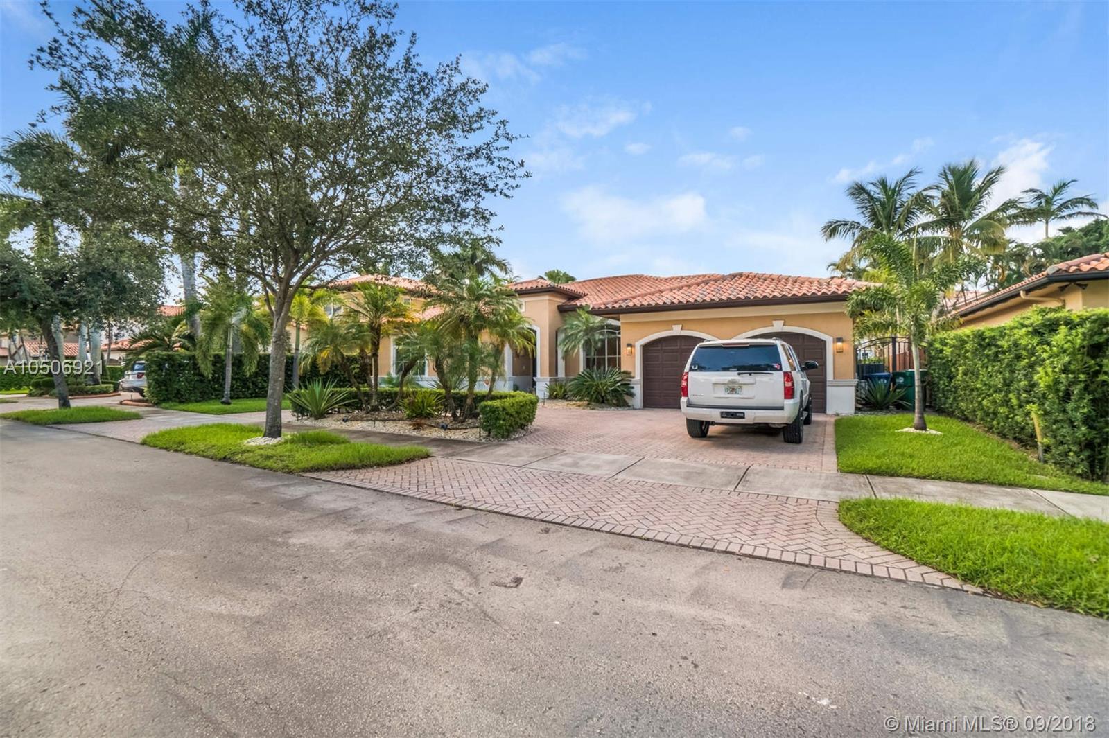 8033 Nw 161st Ter, Miami Lakes FL, 33016
