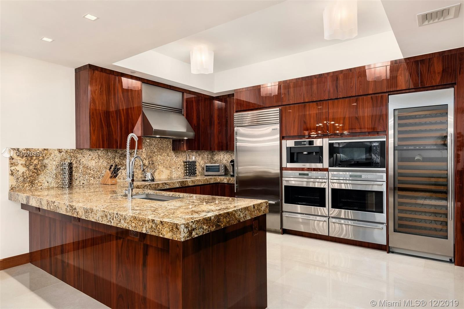 9703 Collins ave-2604 bal-harbour-fl-33154-a10708521-Pic02