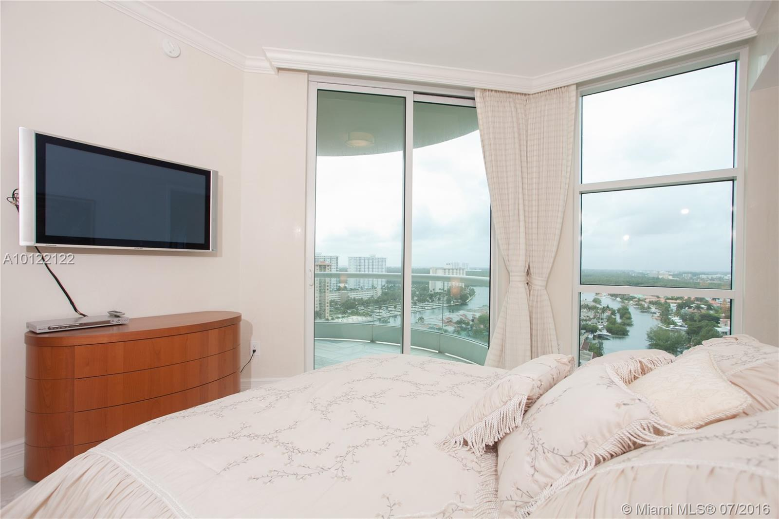 16051 Collins ave-1601 sunny-isles-beach--fl-33160-a10122122-Pic13