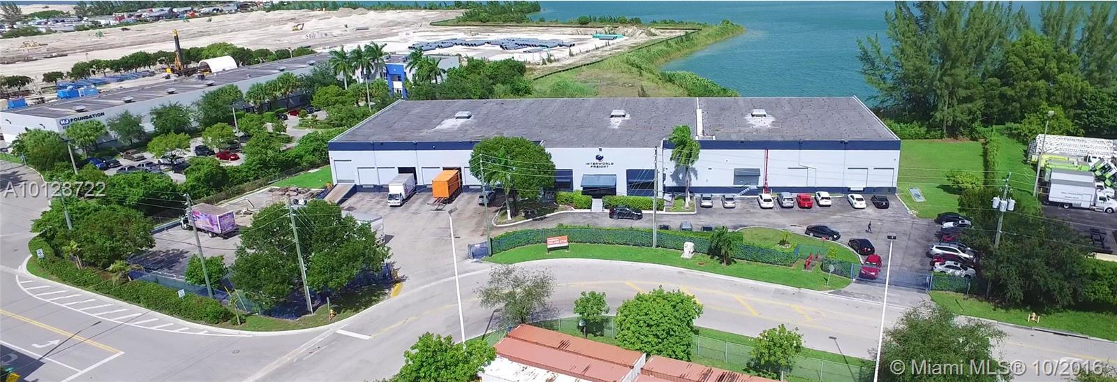 8225 NW 80th St, Miami, FL 33166