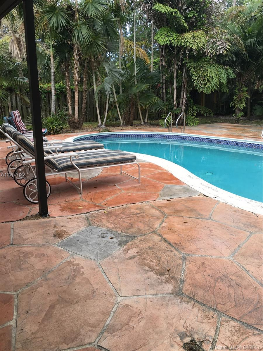 916 SE 12th St # 1, Fort Lauderdale, FL 33316