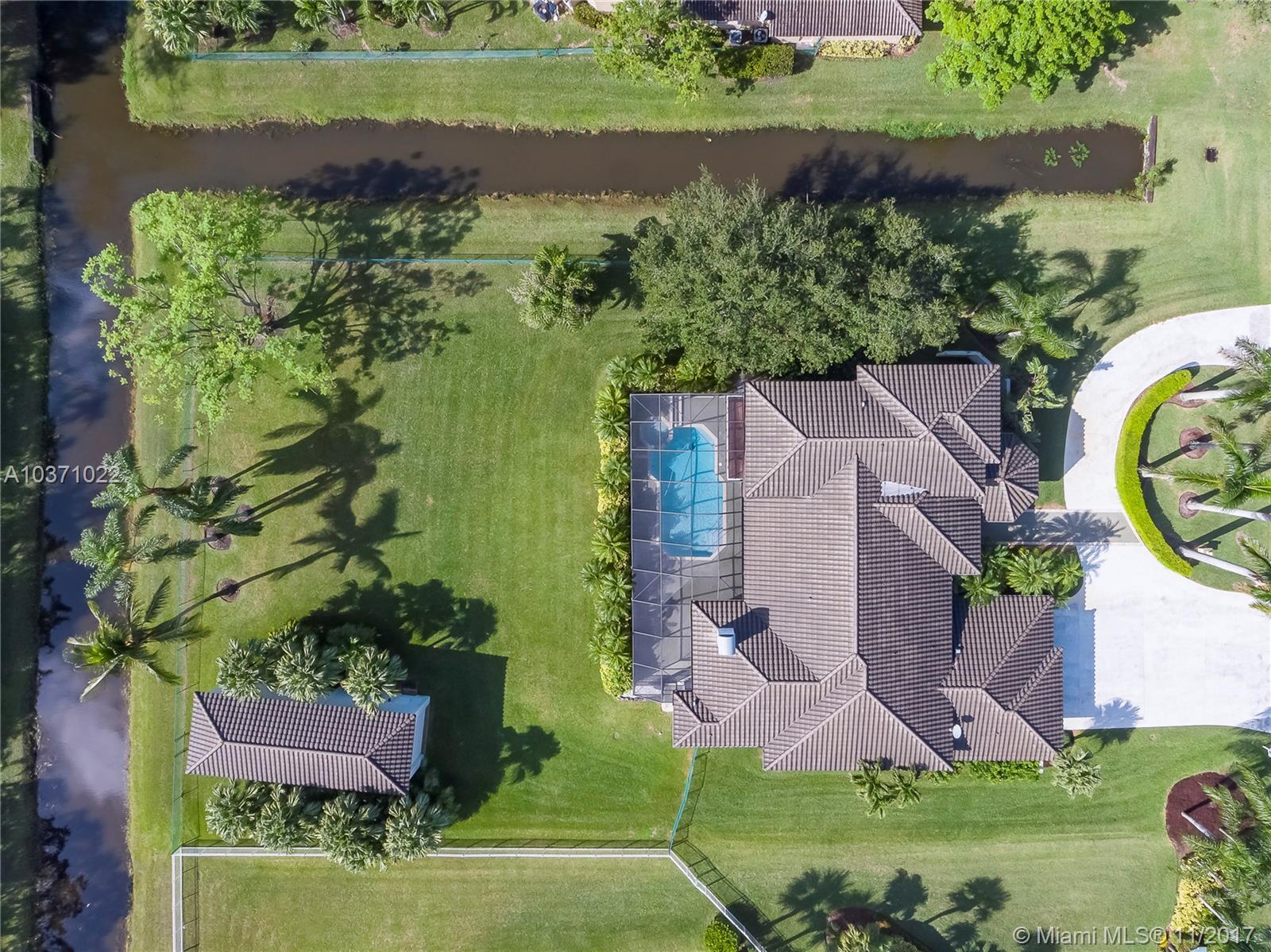 12060 Nw 10th St, Plantation FL, 33323