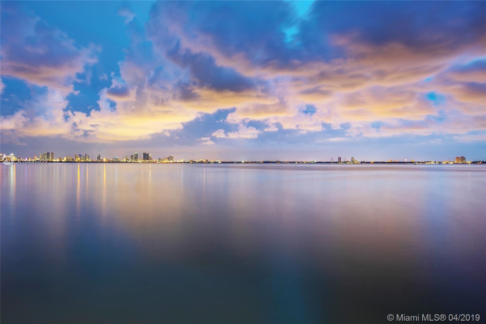 5242 Bay rd- miami-beach-fl-33140-a10485922-Pic02
