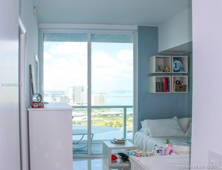 244 Biscayne Blvd # 4204, Miami , FL 33132