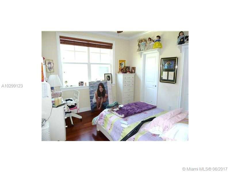 463 Menendez Ave # 4, Coral Gables , FL 33146