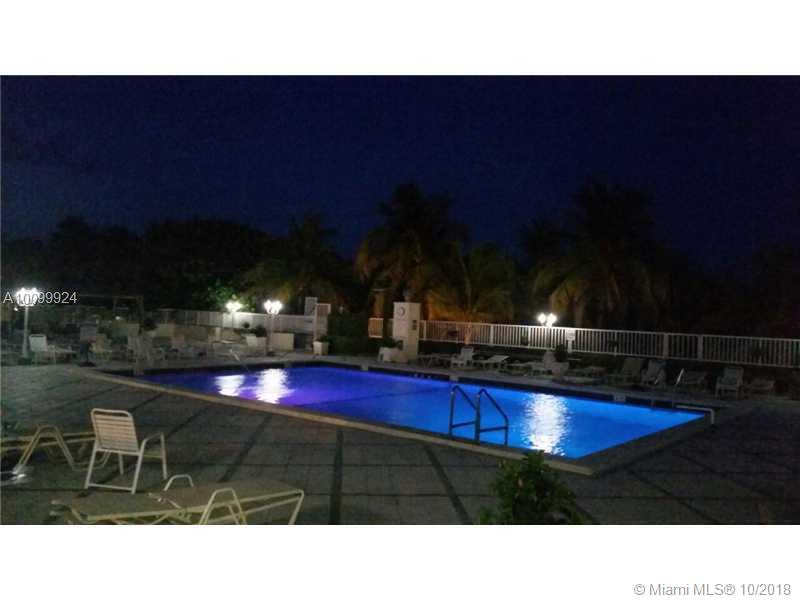 5001 Collins av-8-E miami-beach--fl-33140-a10099924-Pic08