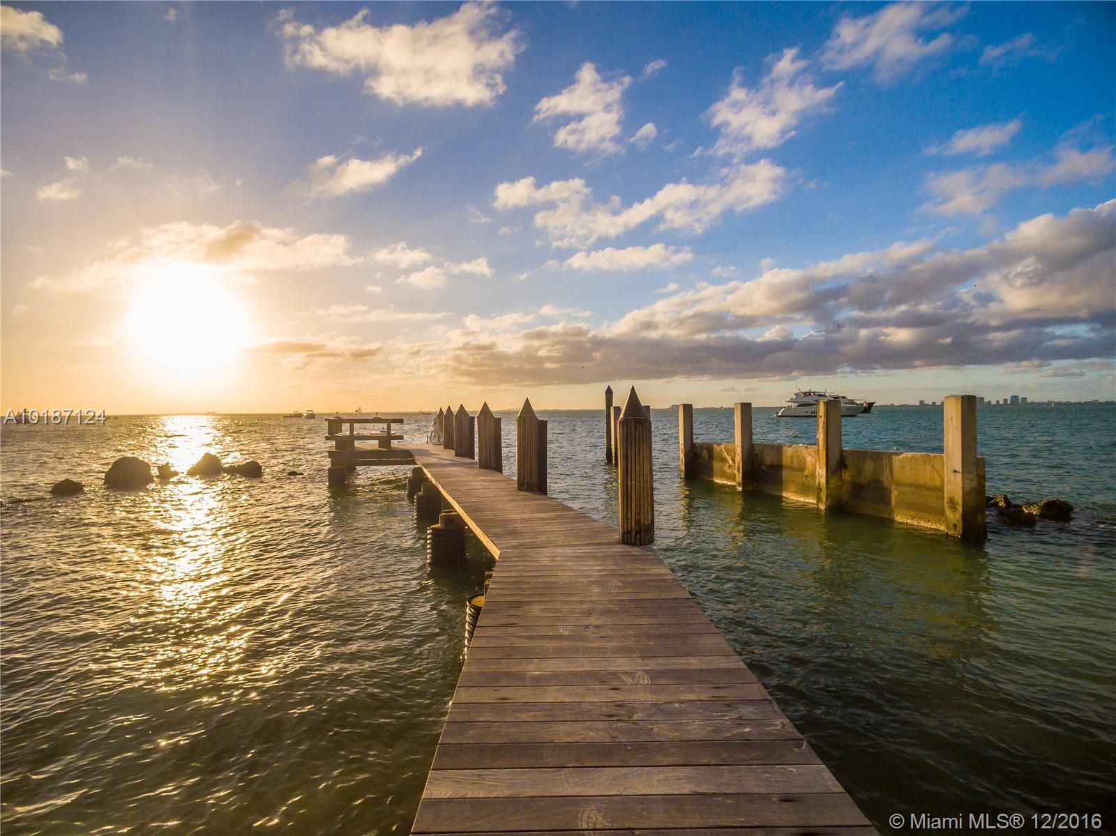 7 Harbor Point Key Biscayne Mls A10187124 For Sale