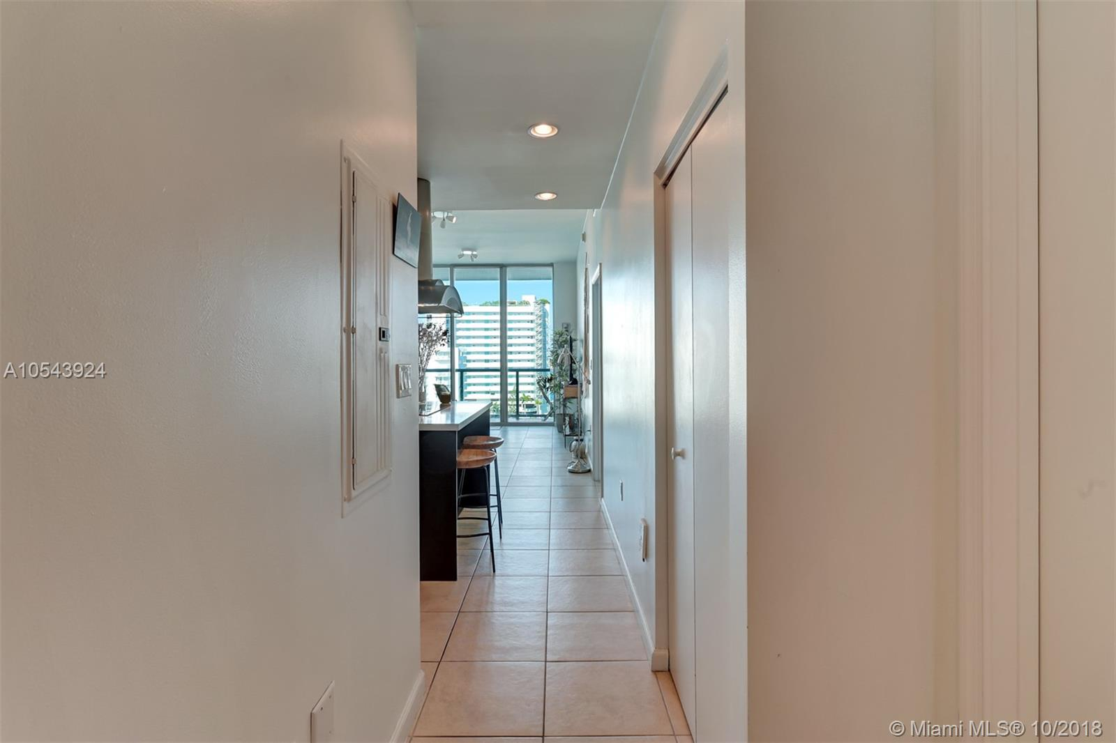 7928 East dr-1003 north-bay-village-fl-33141-a10543924-Pic16