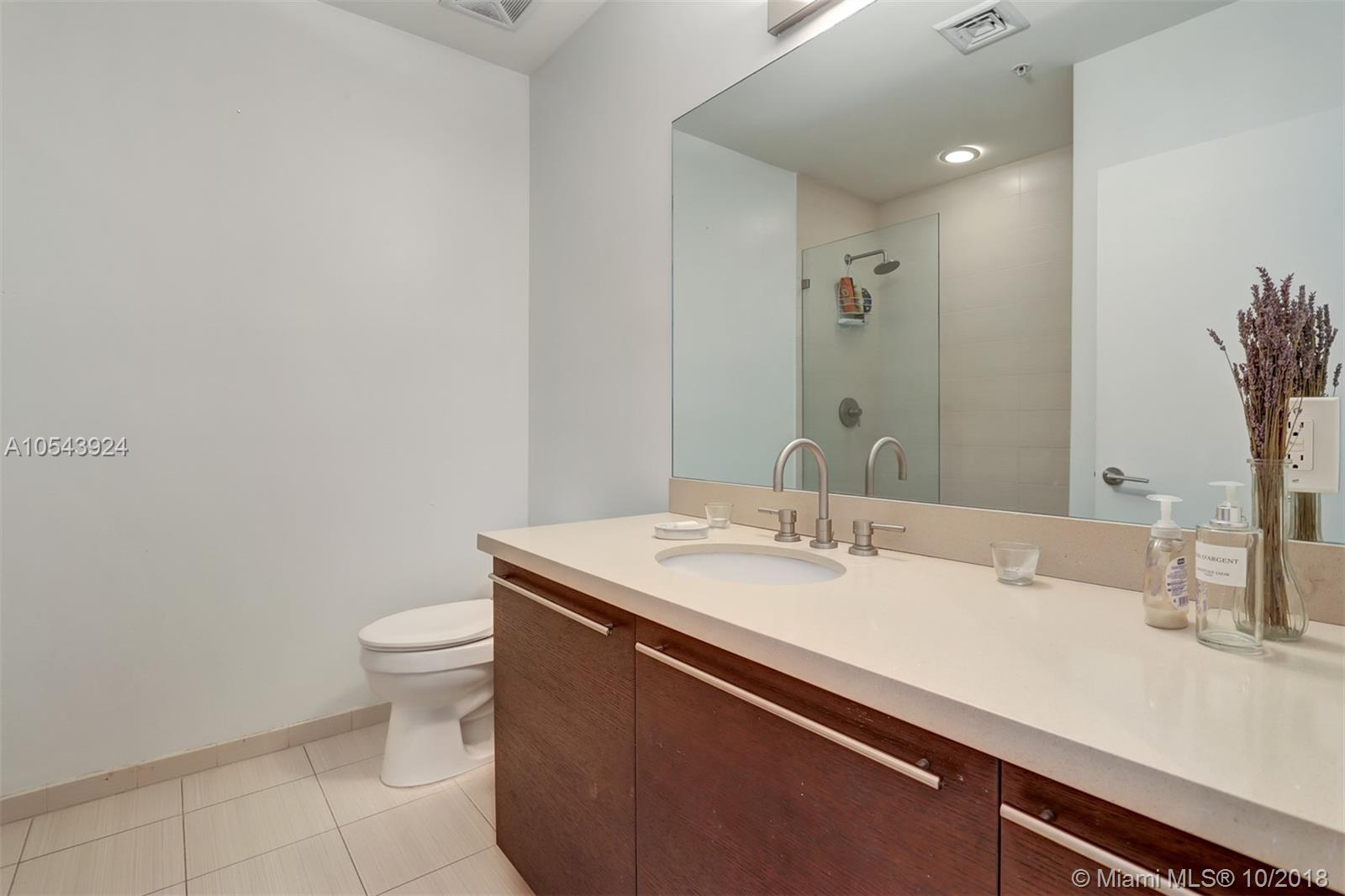 7928 East dr-1003 north-bay-village-fl-33141-a10543924-Pic33