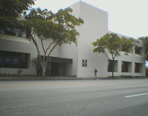 900 NE 125 ST, North Miami , FL 33161