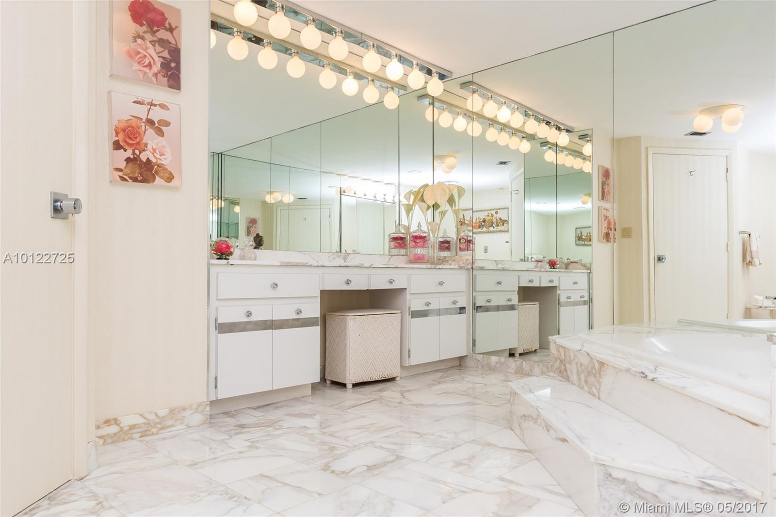 10155 Collins ave-1009 bal-harbour--fl-33154-a10122725-Pic26