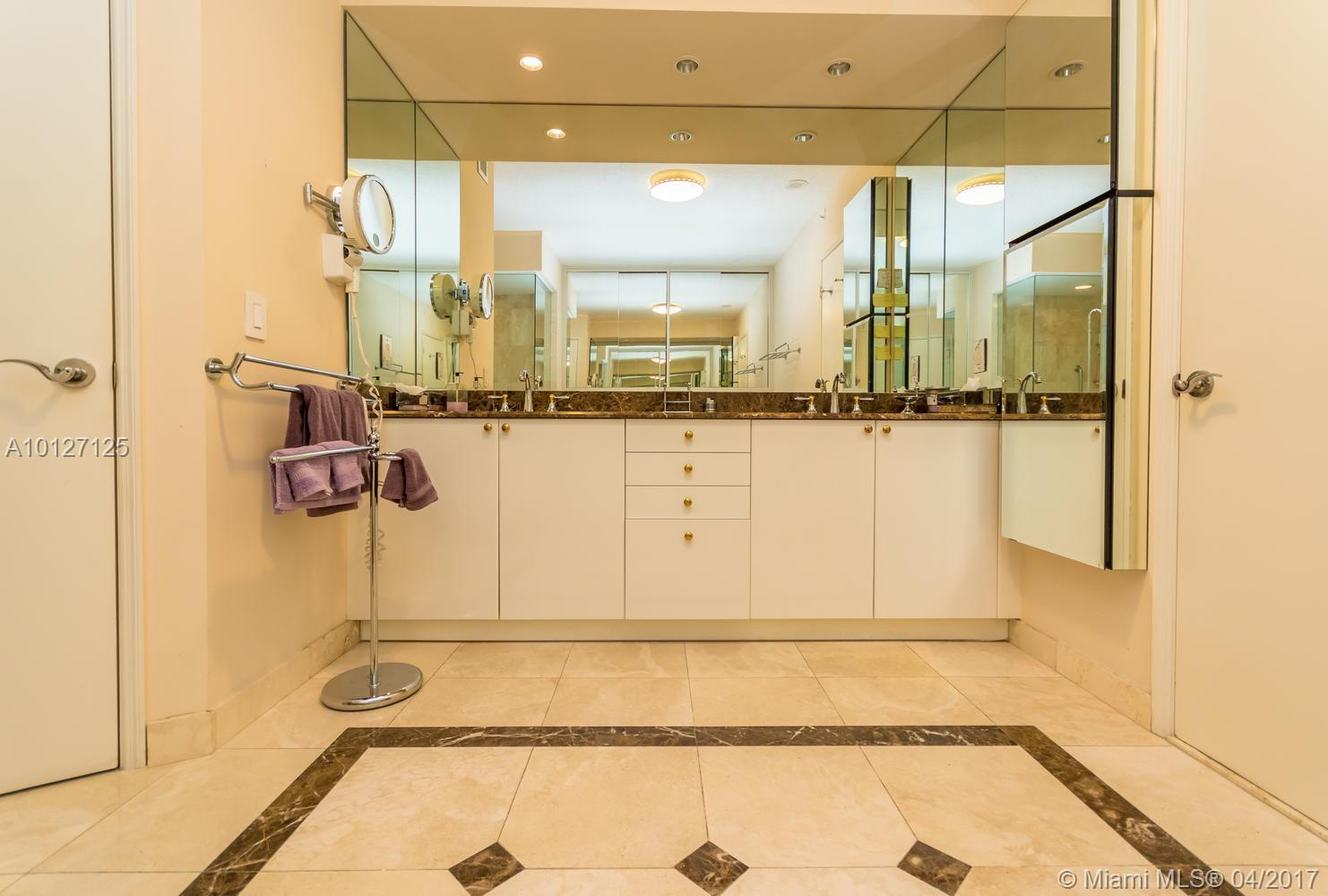 17555 Collins ave-3203 sunny-isles-beach--fl-33160-a10127125-Pic14