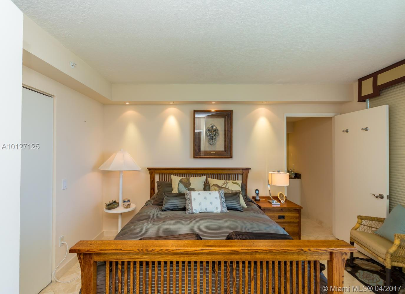 17555 Collins ave-3203 sunny-isles-beach--fl-33160-a10127125-Pic19