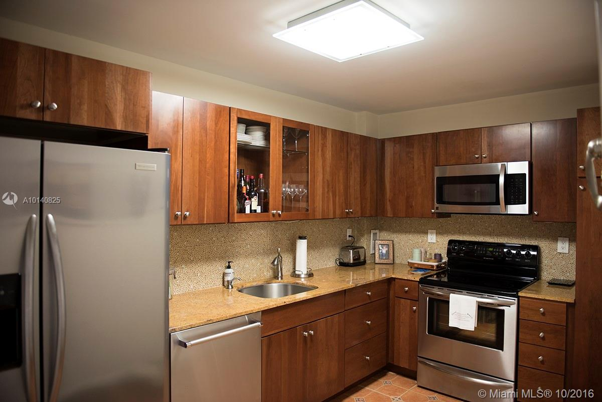 90 Edgewater dr-201 coral-gables--fl-33133-a10140825-Pic03