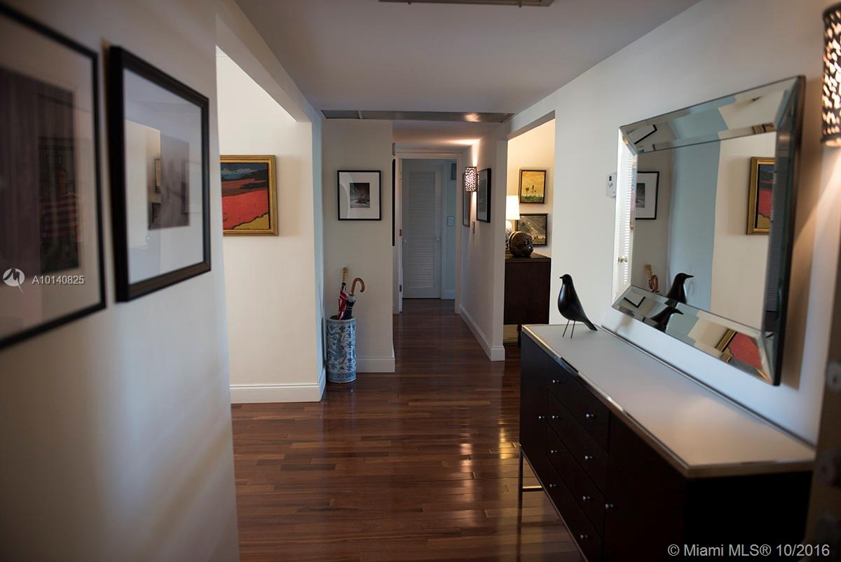 90 Edgewater dr-201 coral-gables--fl-33133-a10140825-Pic04