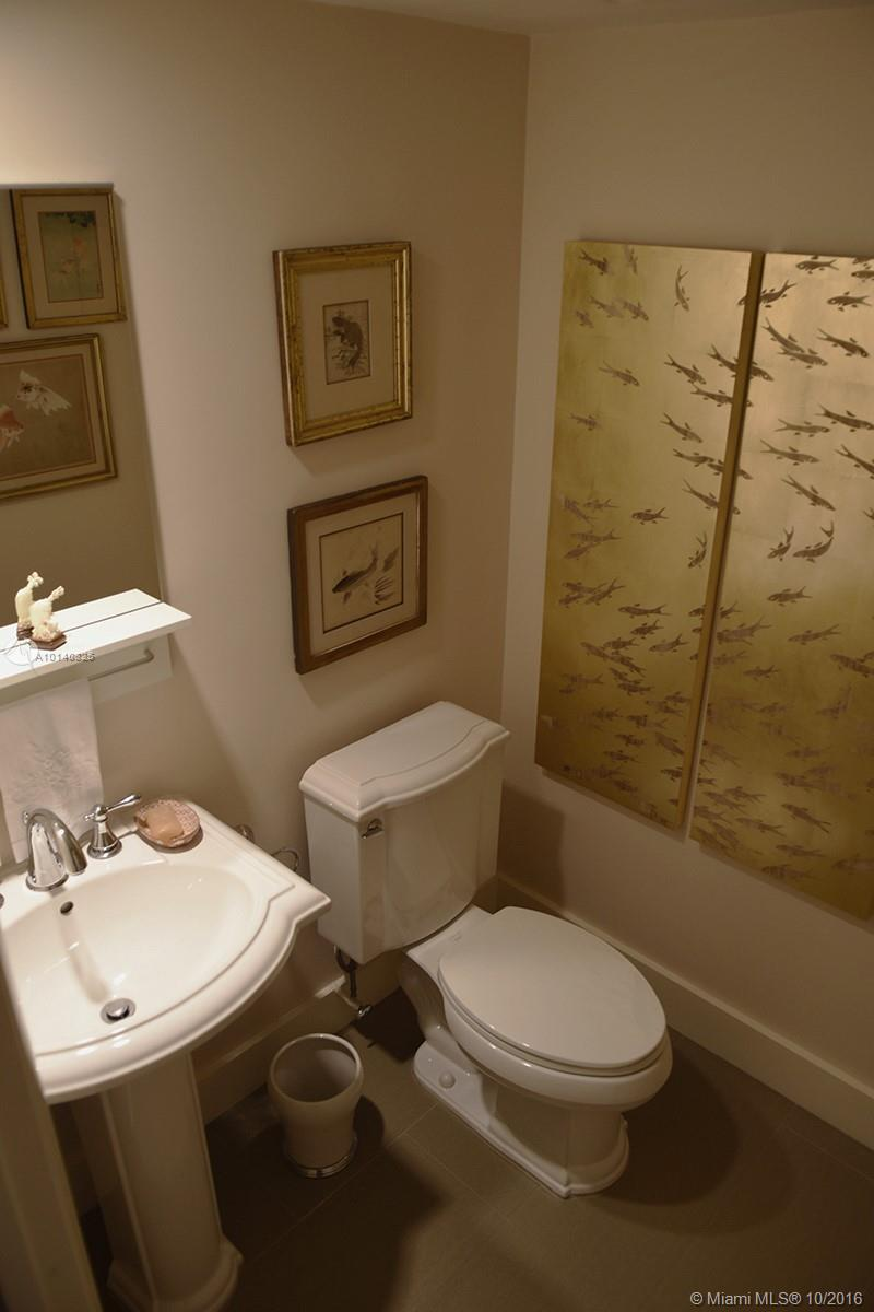 90 Edgewater dr-201 coral-gables--fl-33133-a10140825-Pic09