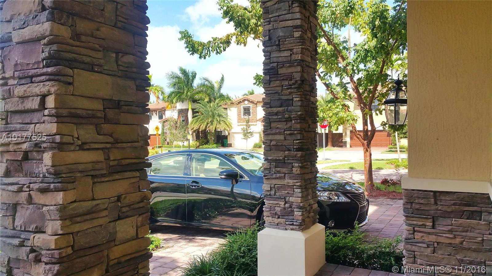 8915 NW 99th Ave, Doral , FL 33178