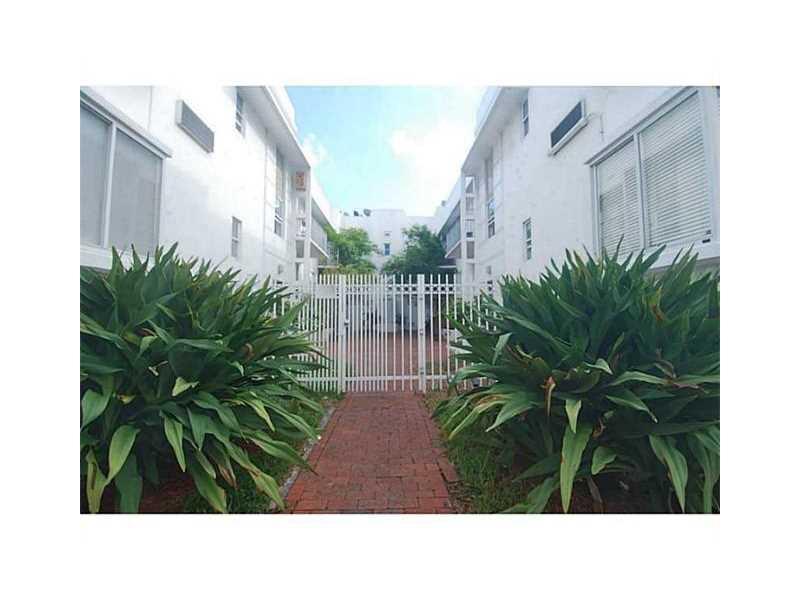320 80th St # 3, Miami Beach, FL 33141