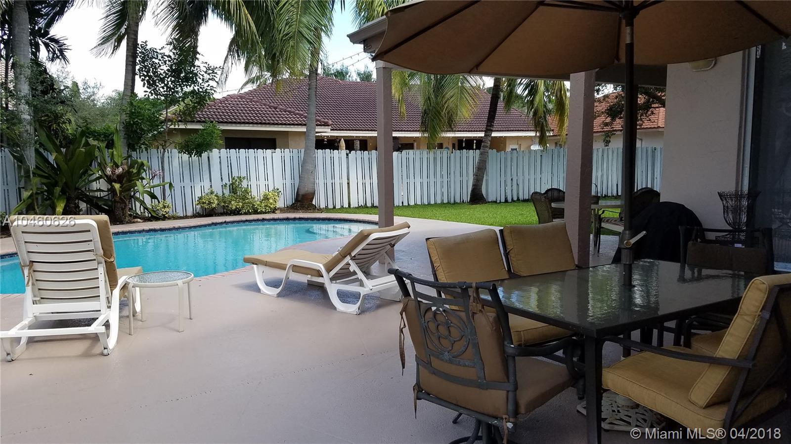 18243 Nw 15th Ln, Pembroke Pines FL, 33029