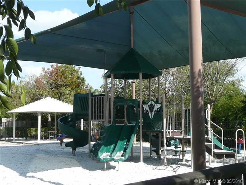 19476 S Whitewater Ave, Weston FL, 33332